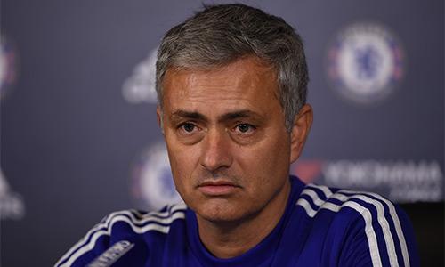 Mourinho vẫn mơ về vị trí thứ tư ở Ngoại hạng Anh. Ảnh: Reuters.