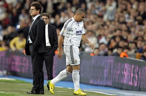 Capello và Ronaldo từng cơm không lành, canh chẳng ngọt từ thời cả hai còn phụng sự Real Madrid.