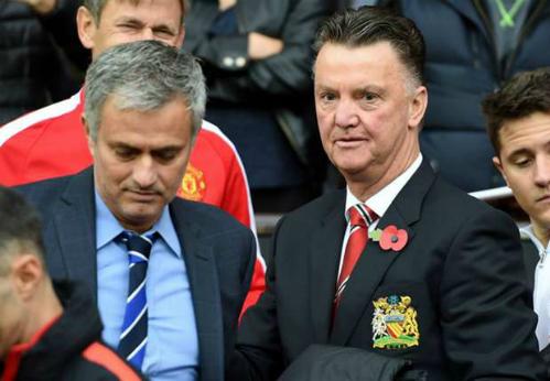 Nếu sa thải Van Gaal, Man Utd có thể dùng Ryan Giggs làm HLV tạm quyền nhưng Mourinho là cái tên đảm bảo hơn cho cuộc đua giành suất dự Champions League.