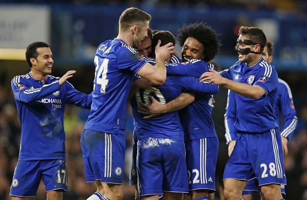 Niềm vui thắng trận của cầu thủ Chelsea. Ảnh: Reuters.