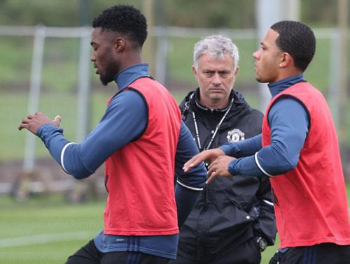 Mourinho sẽ giúp Man Uinted vô địch hay chỉ vào đến top 4