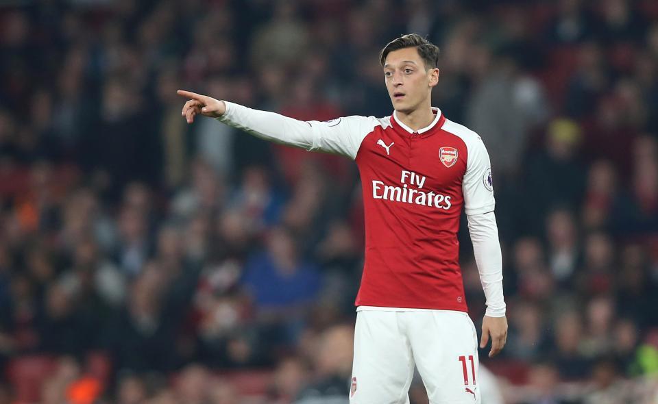 Ozil đồng ý về MU,Naby Keita đẩy Emre Can ra khỏi Liverpool